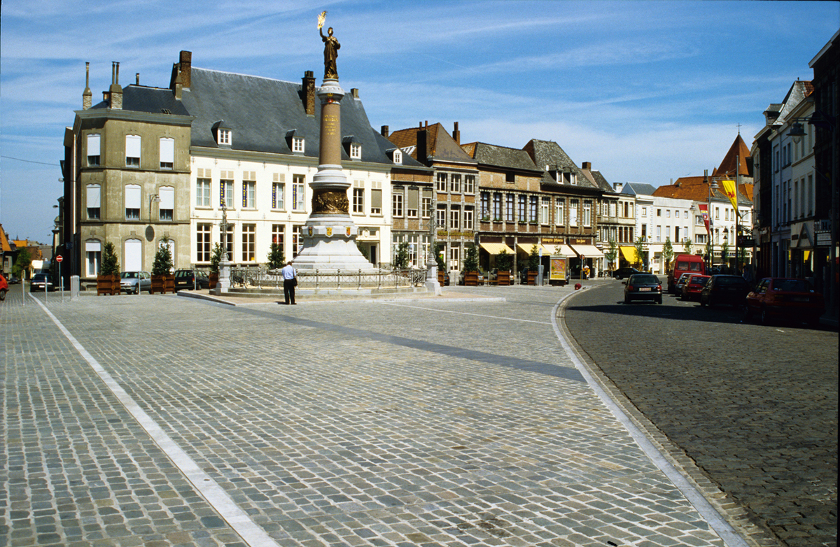 Tournai Place de Lille - Philippe Thomas